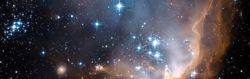 Beautiful Universe Visualization on Youtube - Tharyn