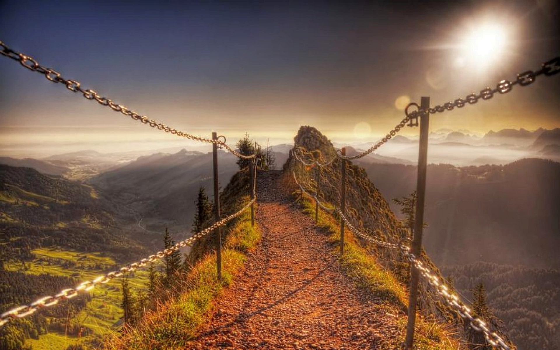 nature-landscapes_widewallpaper_chained-path-to-the-top-of-grosser-maythen-mountain-hdr_19479