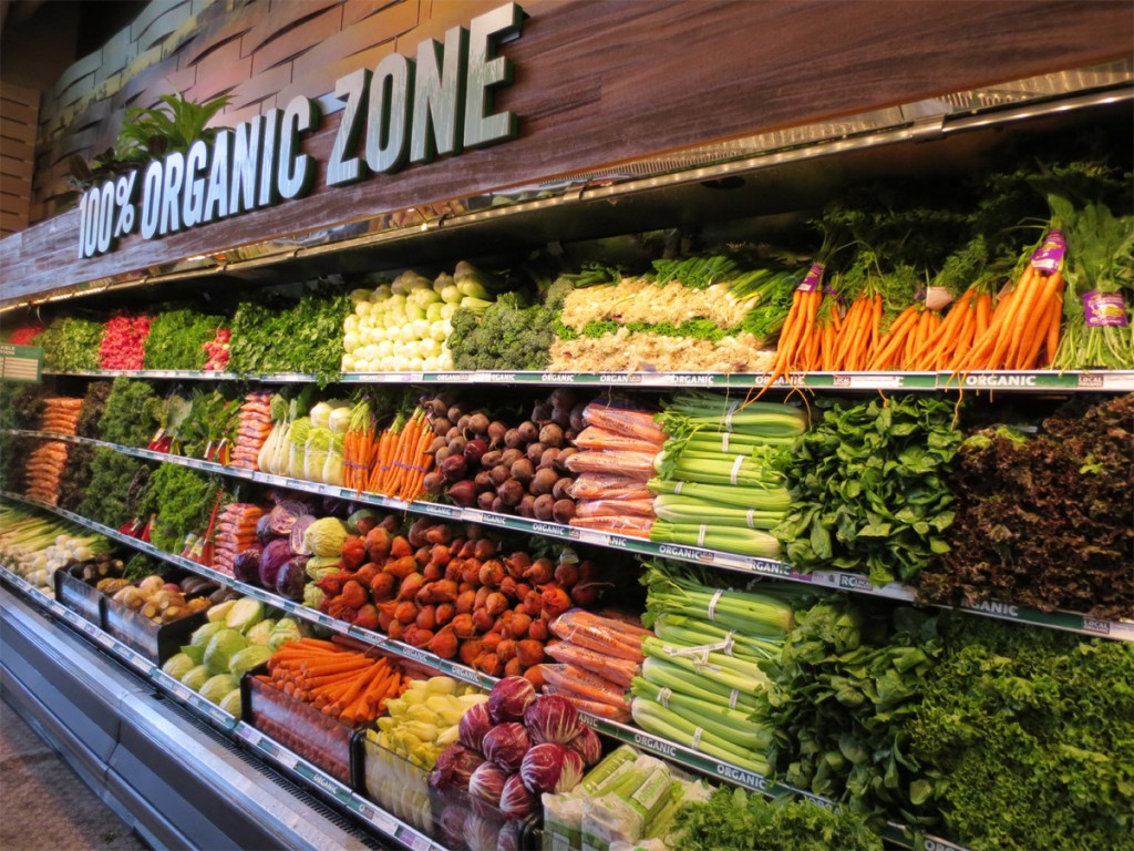 organic-produce-section